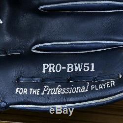 Rare Rawlings Heart Of The Hide Revolution Bernie Williams 12.5 Rht Glove Bw51