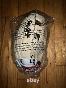Rawlings Heart of the Hide Fielding Glove 12.75 RH Throw